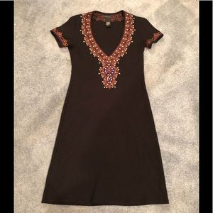 Short sleeve v-Neck black dress with brown trim